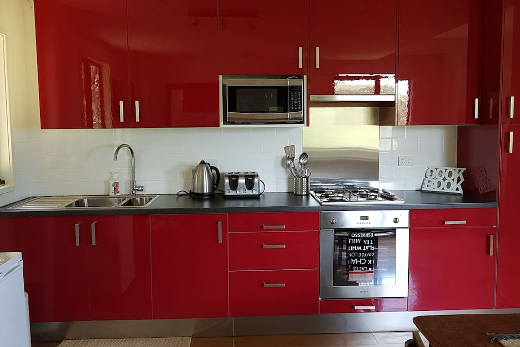 Fully equipped new Ikea kitchen!