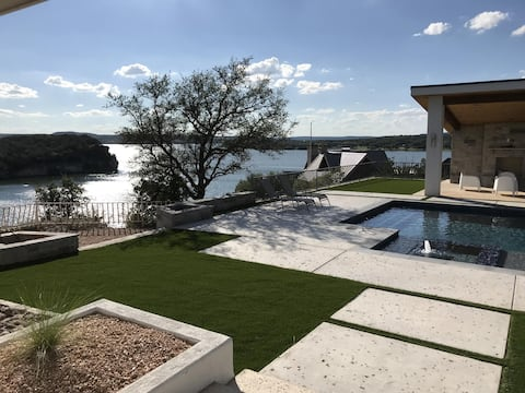 Brazos Moon: Hell's Gate Basin!  Pool, Cliffside, Views, Luxury Home.