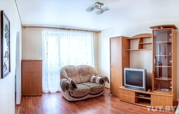Студия по ул. Советской 97 - Homieĺ - Lägenhet