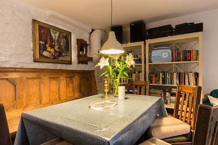 Cleo Gallery basement Apartment