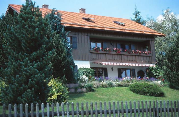 "Haus ""Riegseeblick"""