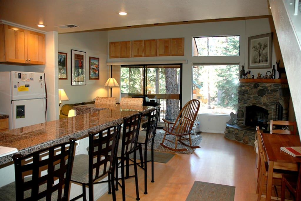 Carnelian Woods #11 Kitchen Bar