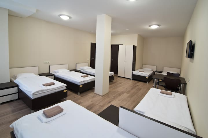 Bella Riga Hotel 7 bed room for women