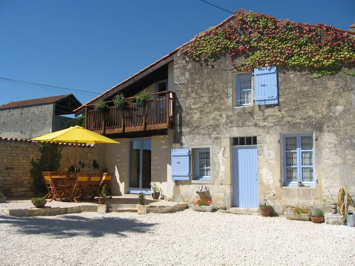 Family gite in the heart of Cognac country.