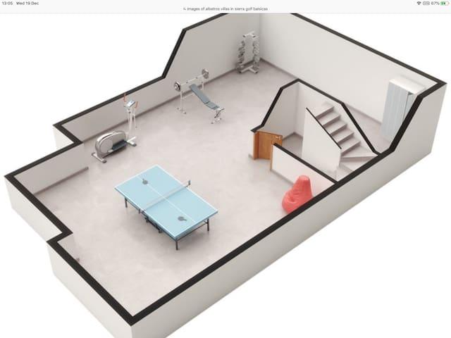 Plano del sotano, no hay mesa de ping-pong (todavía ) ni aparatos de gimnasia. Guardo muebles y otras cosas que tengo para restaurar y no son aptos para su uso. Por favor, no tocar.
