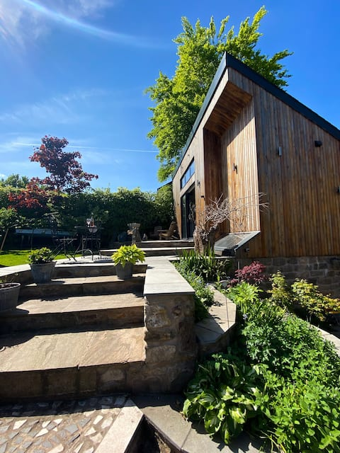 Garden Room @ Derwent Cottage.