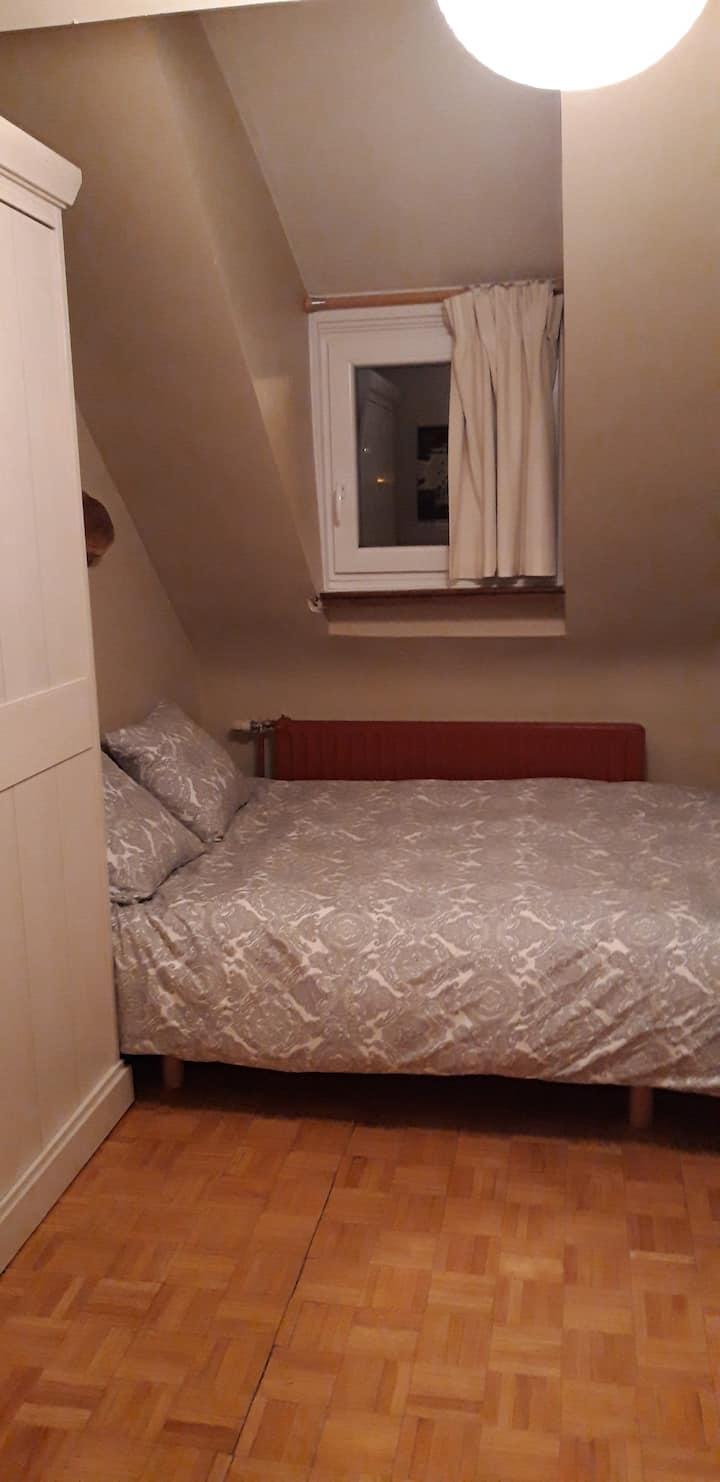 Chambre privée dans villa avec accès aisé Brussels
