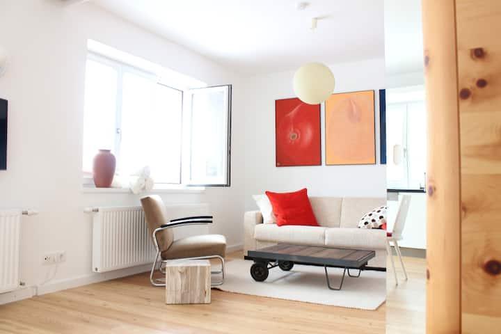 Onyx Apartment Kranzelbinder