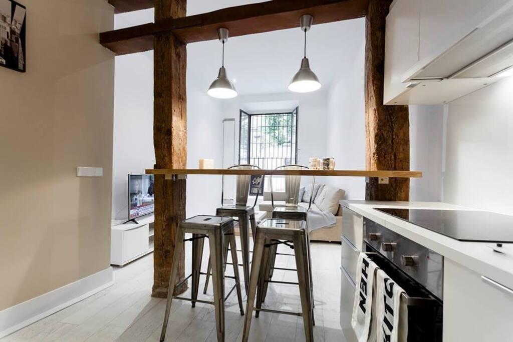 Amazing loft in huertas street lofts for rent in madrid - Lofts en madrid ...