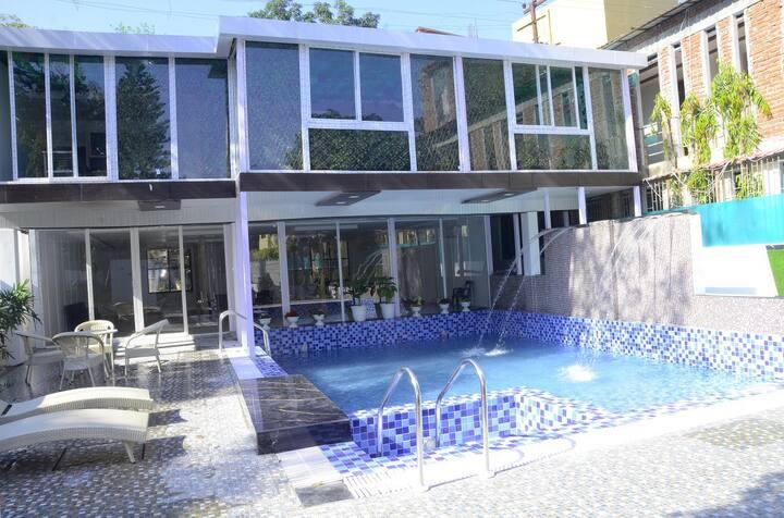 Premium Room (Corbett Treff Hotel)