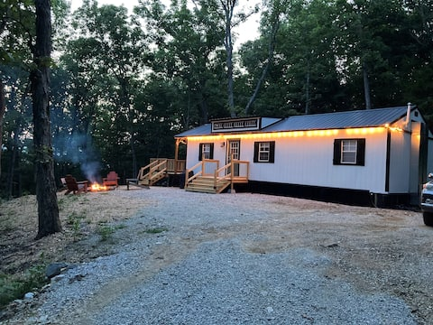 Buffalo Hollow Cabins, Hikers Haven