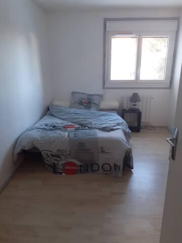 Chambre dans appartement T4