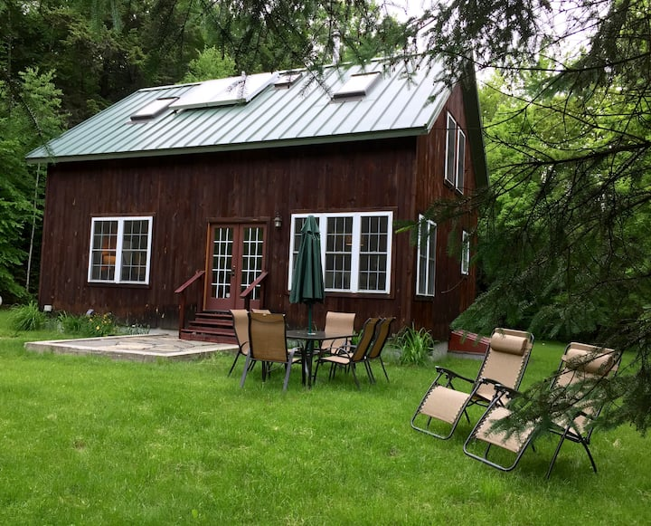 Spacious and Private 3 Bedroom Timber Frame Home