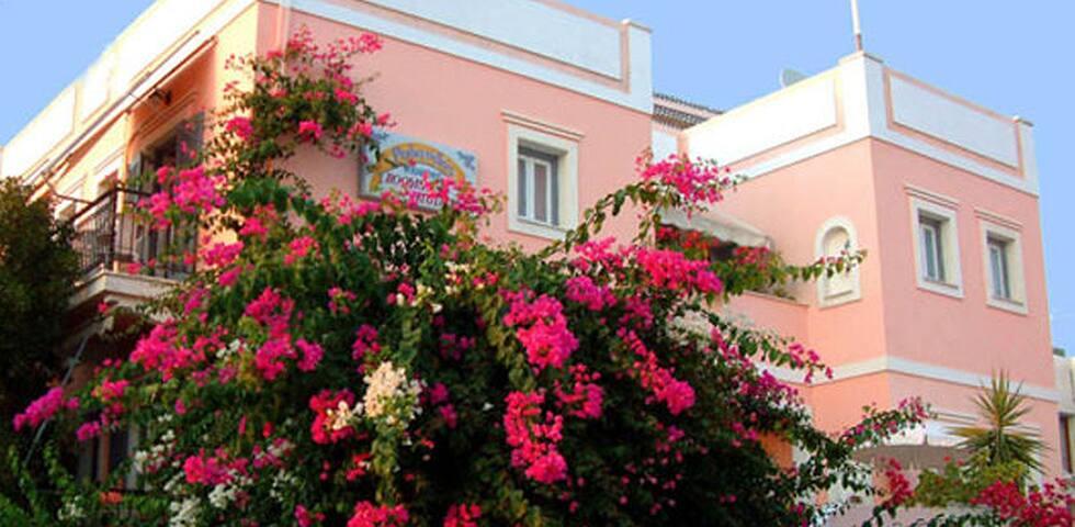 Villa Rodanthos - Studio 6 - Nisi aegina - Bed & Breakfast