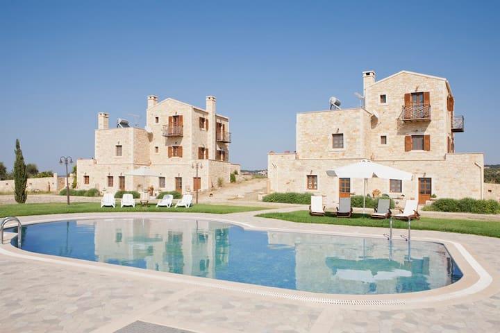 Ideal for Big Groups with Sea Views,Villa Arodamos - Pikris - Villa