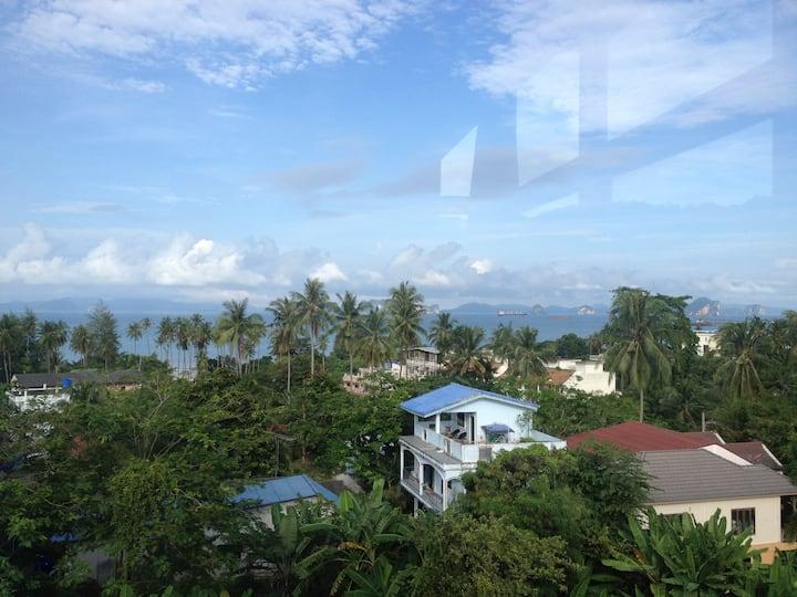 Nice 2-bedroom condo in Klong Muang