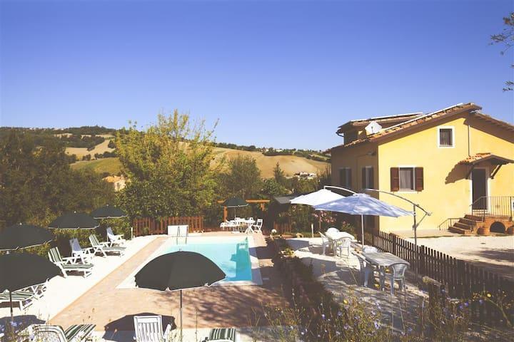Villa Sabrina-super Comfort - San Ginesio - Casa