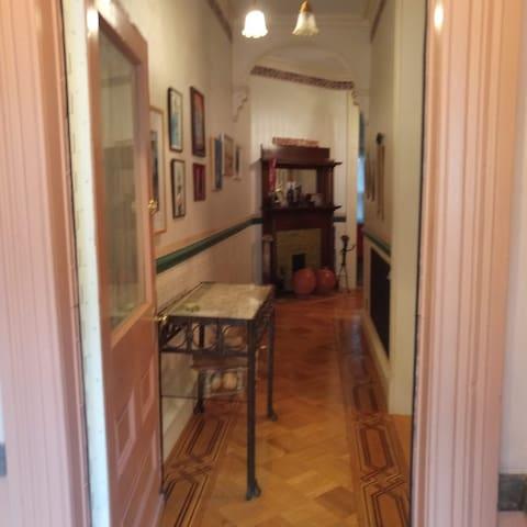 Separate access through Victorian entrance