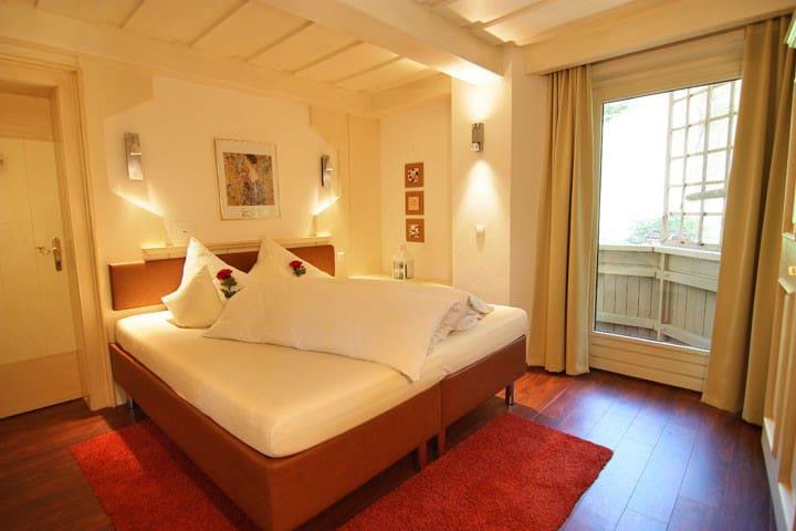 Ferienwohnung + Sauna (serviced Apartements)