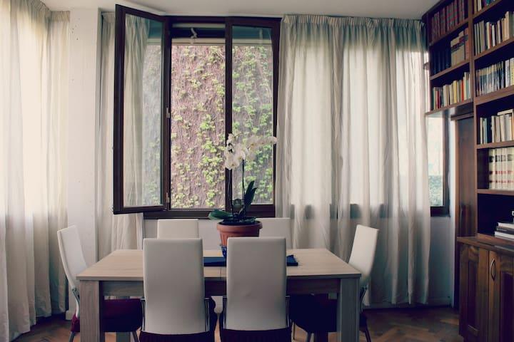 Spazioso appartamento a Gavinana - Firenze - Condominium