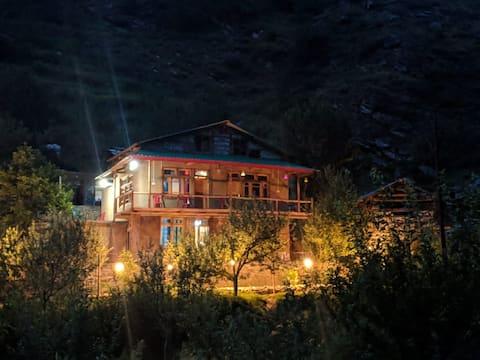 Sunny Cottage Near The River|250 meter Trek