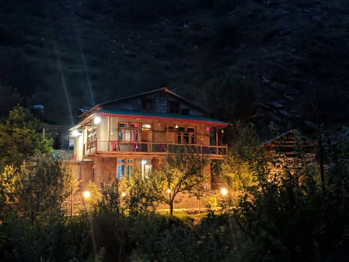 Sunny Cottage Near The River|250 meter Trek