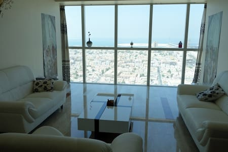Spacious & calm DBL superb sea view