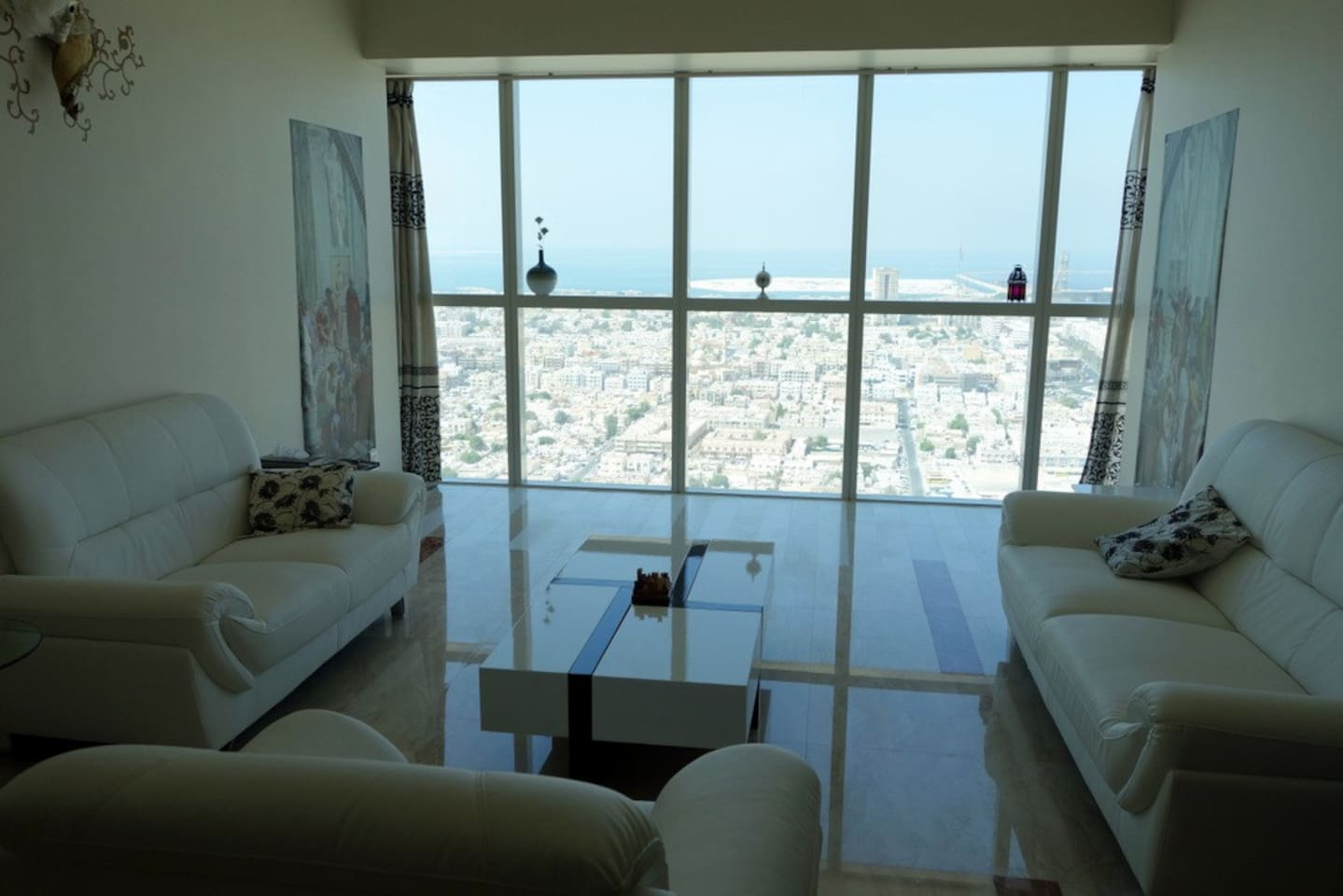 Lounge offers expansive view of Al Satwa and Arabian sea