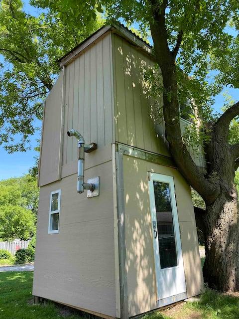 Coach House Treetop Escape
