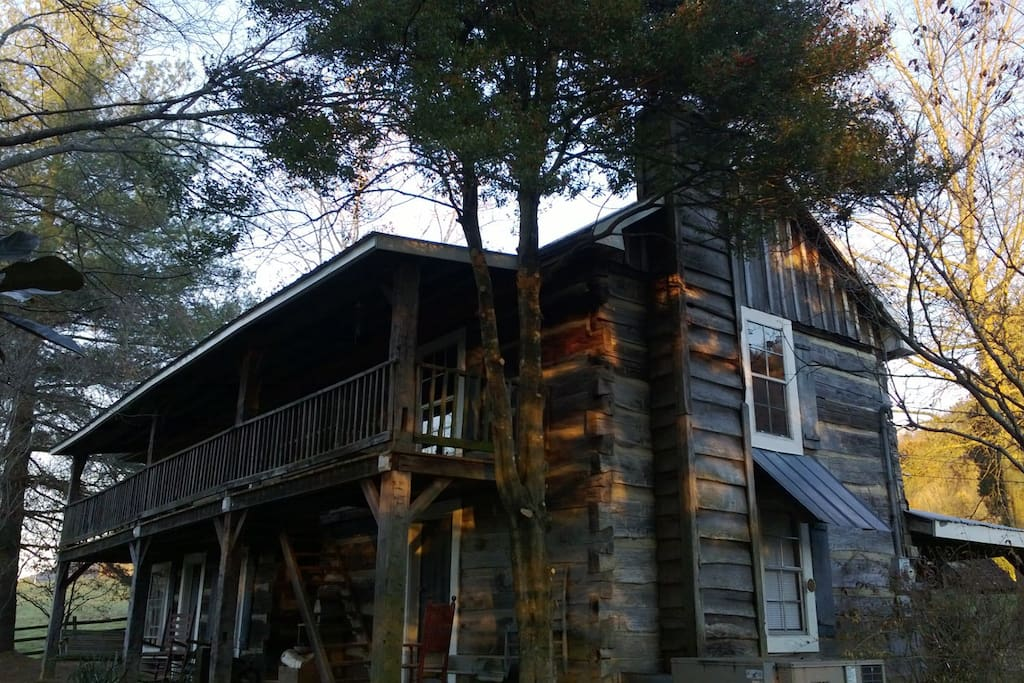 1860 Log Cabin, sleep in a bit of history.