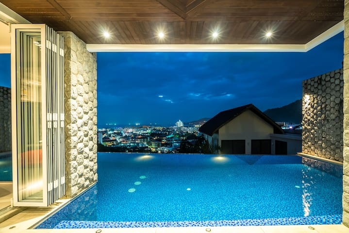 Chill Out Patong private pool sea view villa