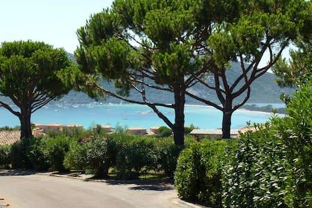 Villa T3 vue mer à Santa-Giulia - Porto-Vecchio
