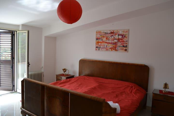 Schönes Ferienhaus für 8 Personen - Montalbano Elicona