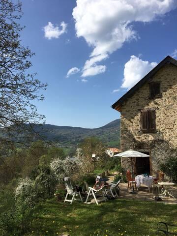 Jolie maison de montagne dans les Pyrénées