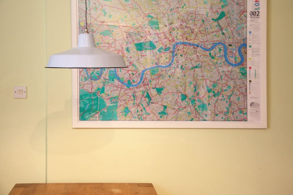 Plan your days with our huge map of London!