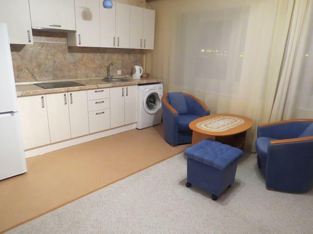 Апартаменты с двухспальной кроватью - Сургут - Wohnung