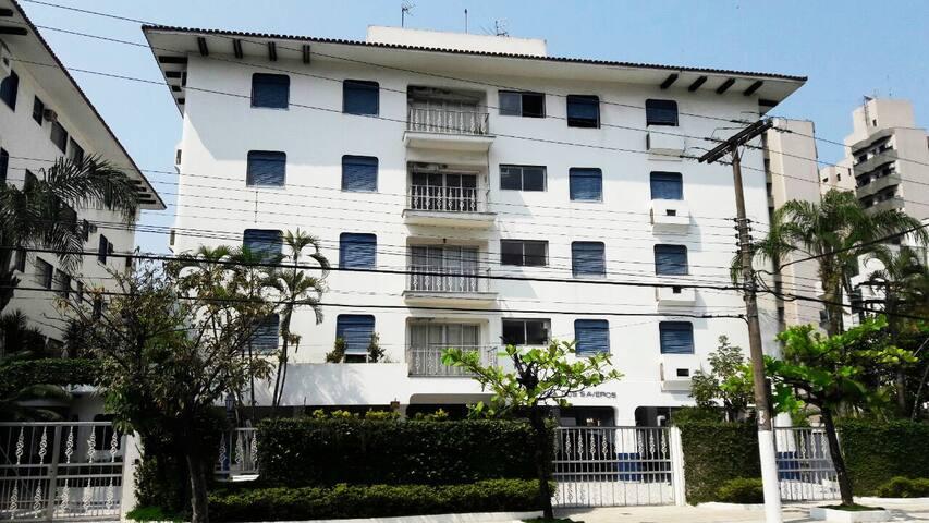 Vista da fachada do edifício