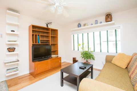 Cozy, Clean, Safe, NOLA Cottage