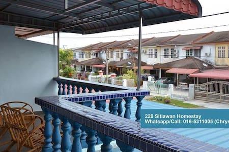 My Homestay - SITIAWAN - Sitiawan - House
