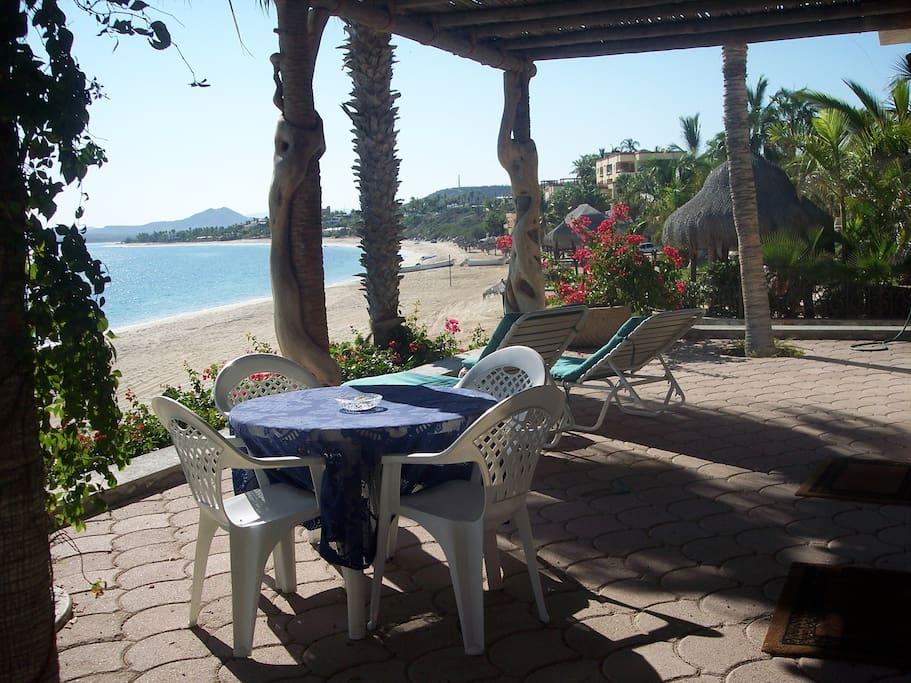 Casa Dina-Best Beachfront Location!
