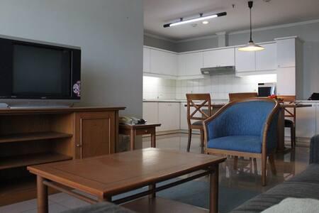 Apartement Pondok Klub Villa - Etelä-Jakarta - Huoneisto