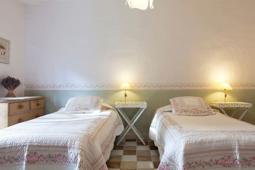 Twin room with provencal style bedding
