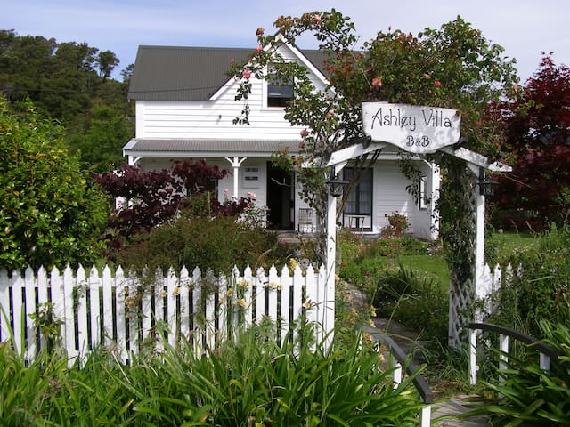 Ashley Villa B&B Twin, Takaka