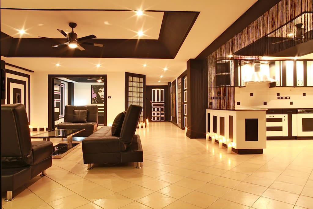living room,large space