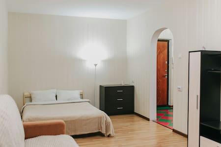 Voroshilova Apartaments 143k1