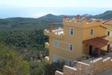 VILLA IN FRONT OF IONIAN SEA- SIMBA