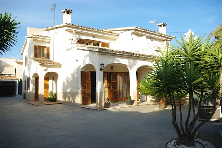 South Mallorca. Private pool, AC and wifi - Llucmajor - House