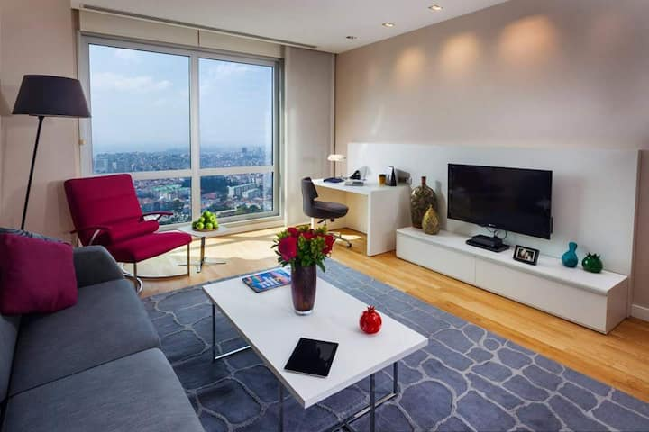 LUXURY RESIDENCE 40TH FLOOR 1+1 BEST VIEW IN CITY