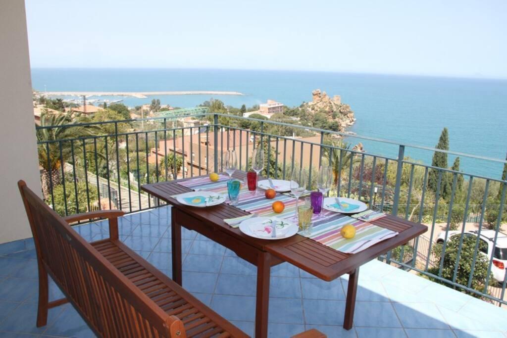 Destination cefalu the best view appartamenti in for Appartamenti sicilia