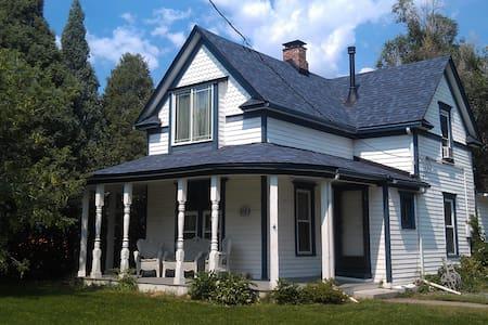 Farm house in the Broadmoor